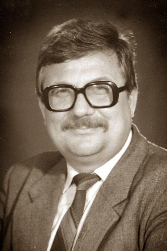 Светлая память о Владимире Андреевиче навсегда останется в сердцах его коллег