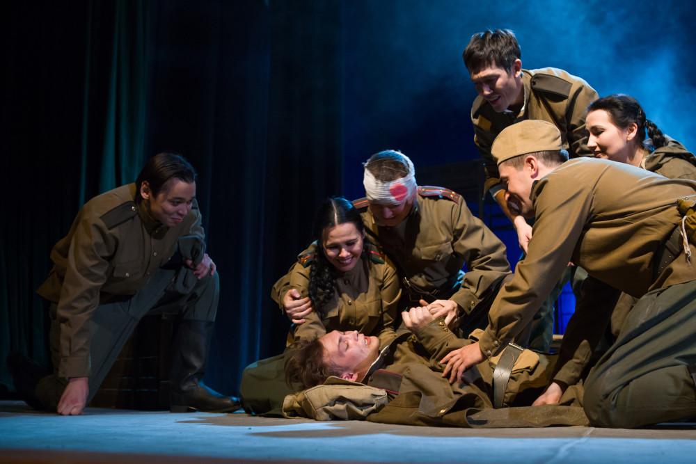 22 и 23 февраля в Молодёжном театре отметят День защитника отечества!