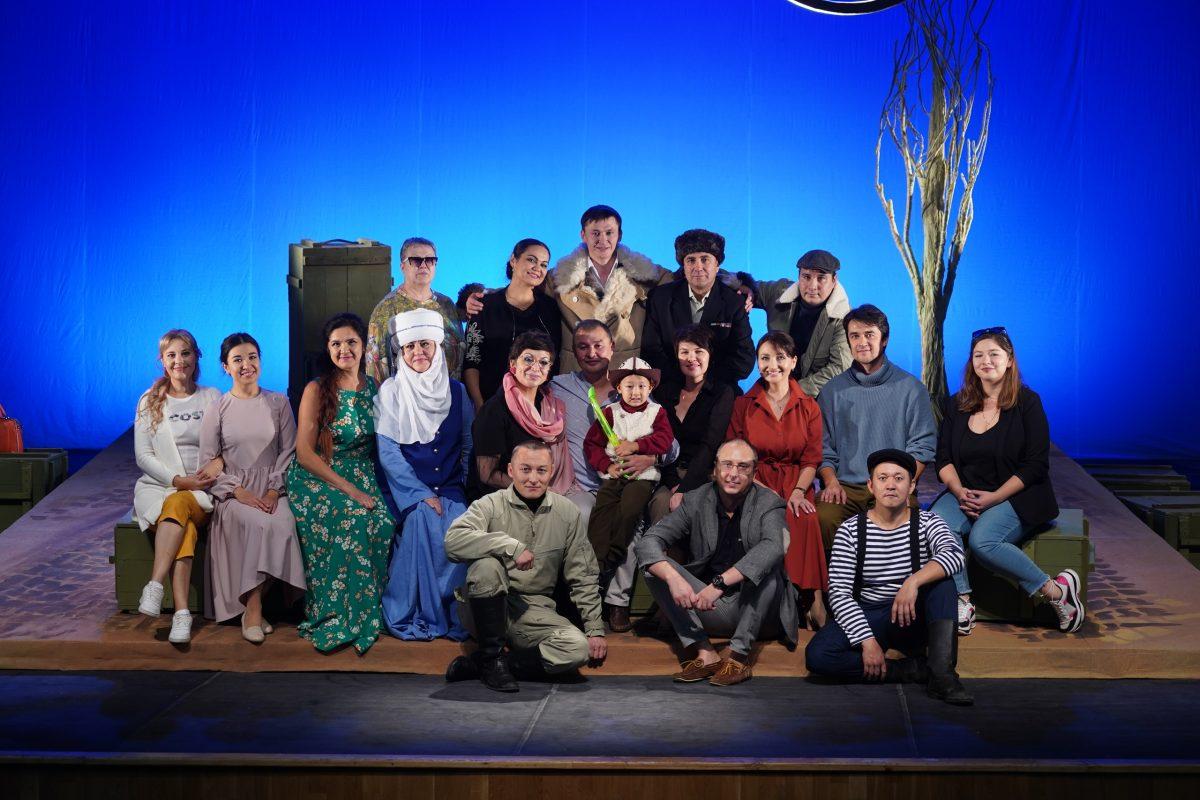В Национальном молодежном театре прошла сдача премьерного спектакля по произведению Чингиза Айтматова.