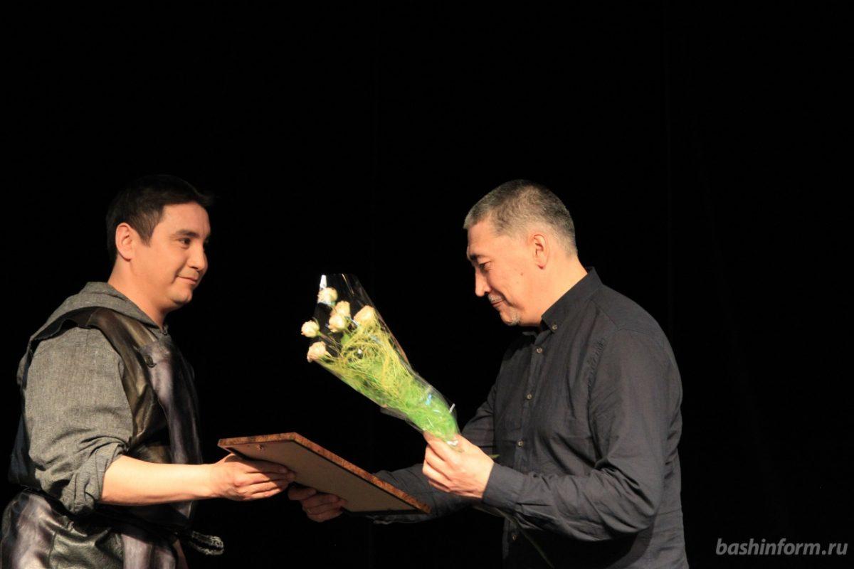 В Башкирии Молодежный театр поставит музыкальную комедию с живым оркестром